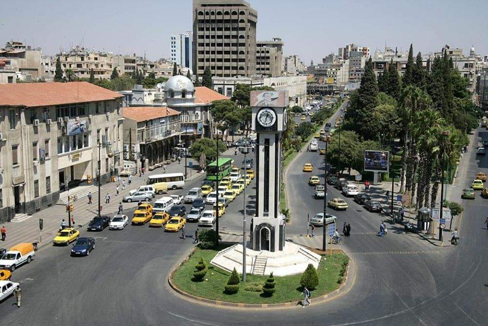 فيحمص.. حملات تطوعية لدعمالليرةودعوات للشراء بليرة واحدة 