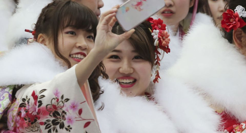 لا أحد يقدم هدايا للنساء... هذا ما يفعله اليابانيون فيعيد_الحب
