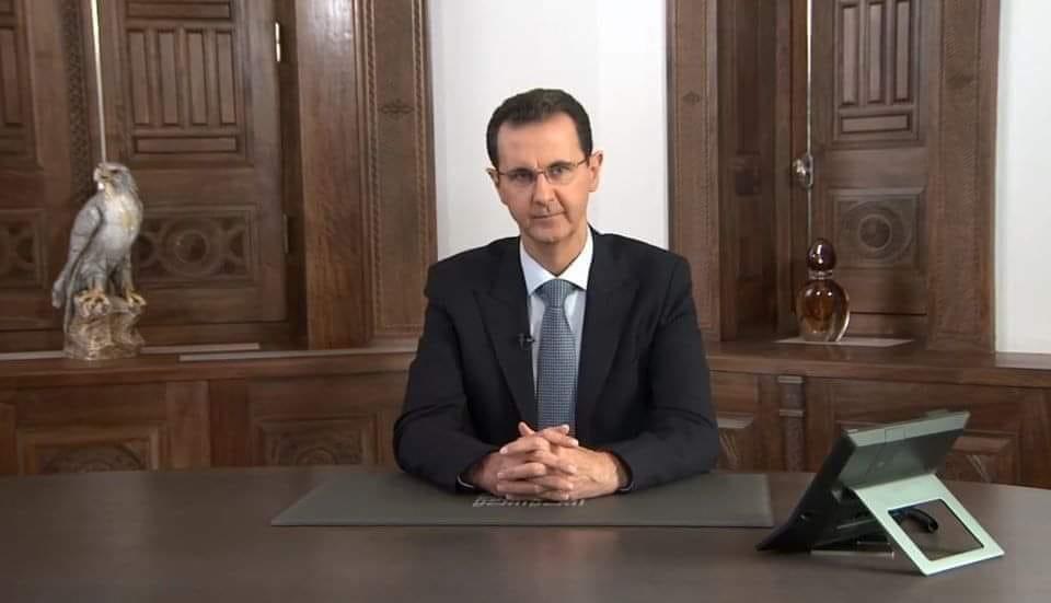 ماذا يعني الرمز الذي ظهر خلف الرئيس الأسد؟
