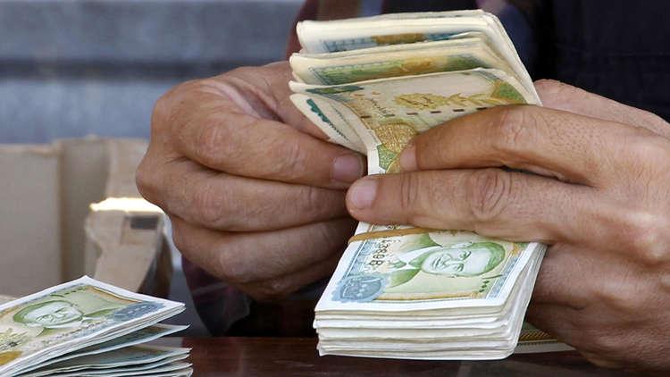 وزير المالية: صرفالرواتبمستمر عبر الصرافات وليس عبر المحاسبين