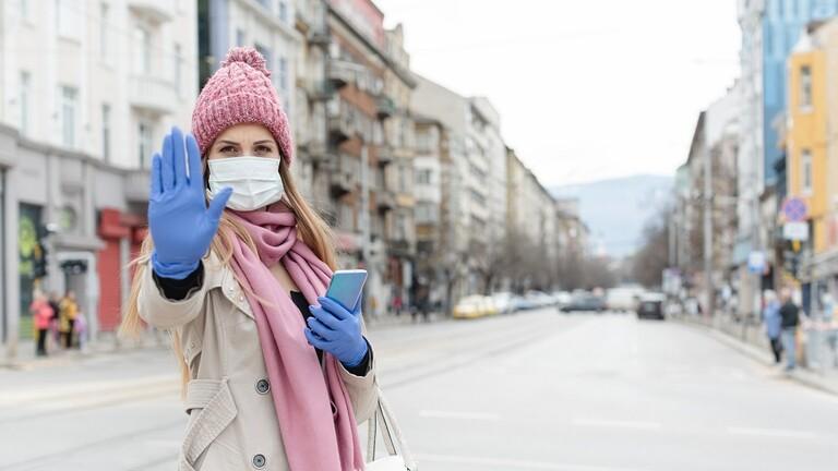 هل مسافة مترين كافية للحد من انتشار فيروس كو ر ونا؟