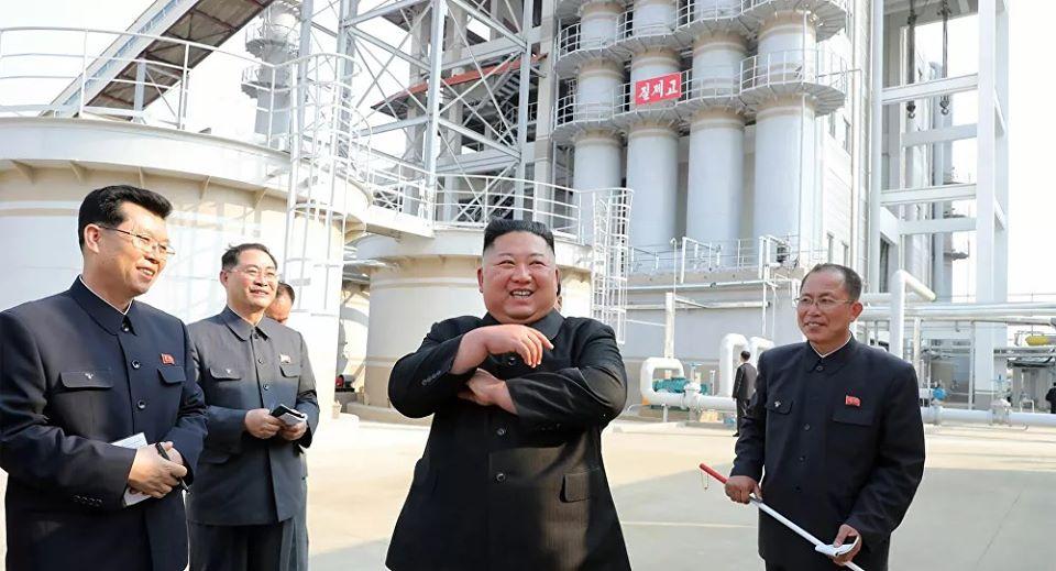 """الاستخبارات الأمريكية تكشف حقيقة """"تزييف"""" صور زعيم كوريا الشمالية"""