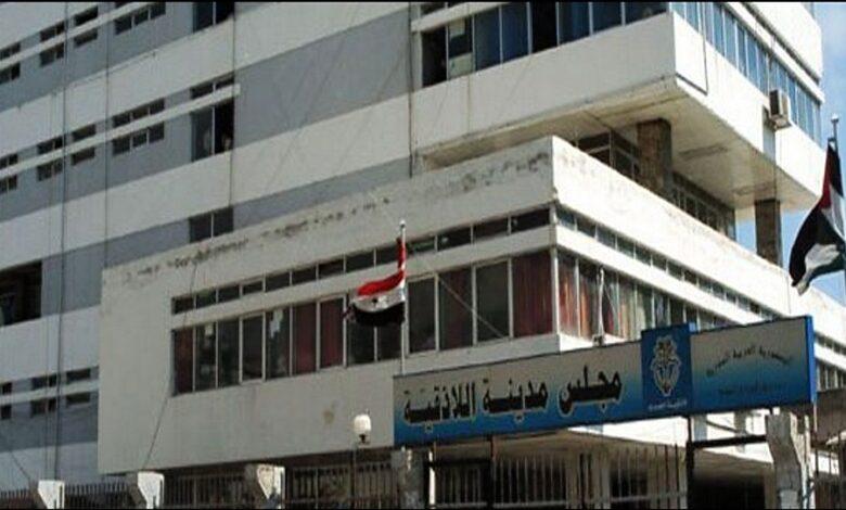 رئيس مجلس مدينة اللاذقية : إخلاء الشواطئ لا علاقة له بانفجار بيروت
