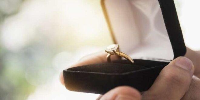 عريس يترك عروسه يوم الزفاف والسبب لاقط هوائي