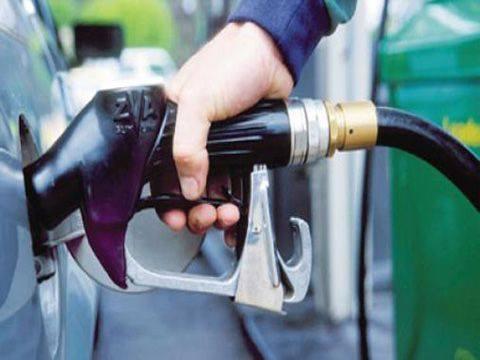 رغم تفاقم الأزمة… هكذا يصل البنزين إلى السوق السوداء