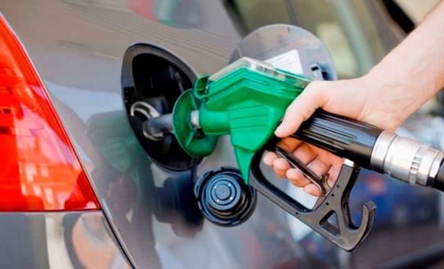 مصدر مسؤول في النفط : جهود كبيرة تبذل لإقلاع وحدات إنتاج البنزين