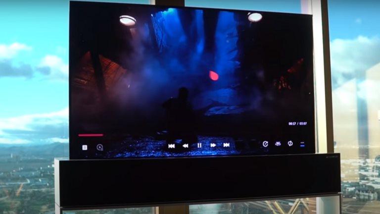 """سعره 109 ملايين على سعر """"المركزي""""..""""إل جي"""" تطرح تلفاز بشاشة قابلة للف لأول مرة بالعالم"""