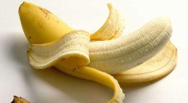 الموز فاكهة مفيدة لكن ماذا عن قشر الموز!